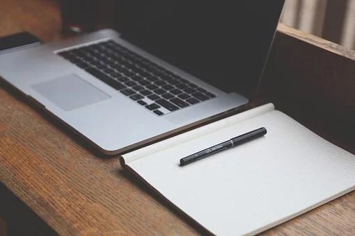 Annonces légales : les avantages de les publier en ligne ?